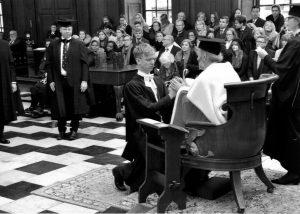 Ceremonija, Senāta nams, Kembridžas Universitāte