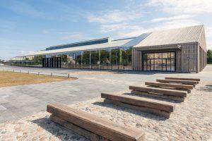 Hanzas perons, pasūtītājs Pillar Development, projekts Reinis Liepiņš un Sudraba Arhitektūra, būvnieks Pillar Contractor, būvuzraudzība Būvuzraugi LV